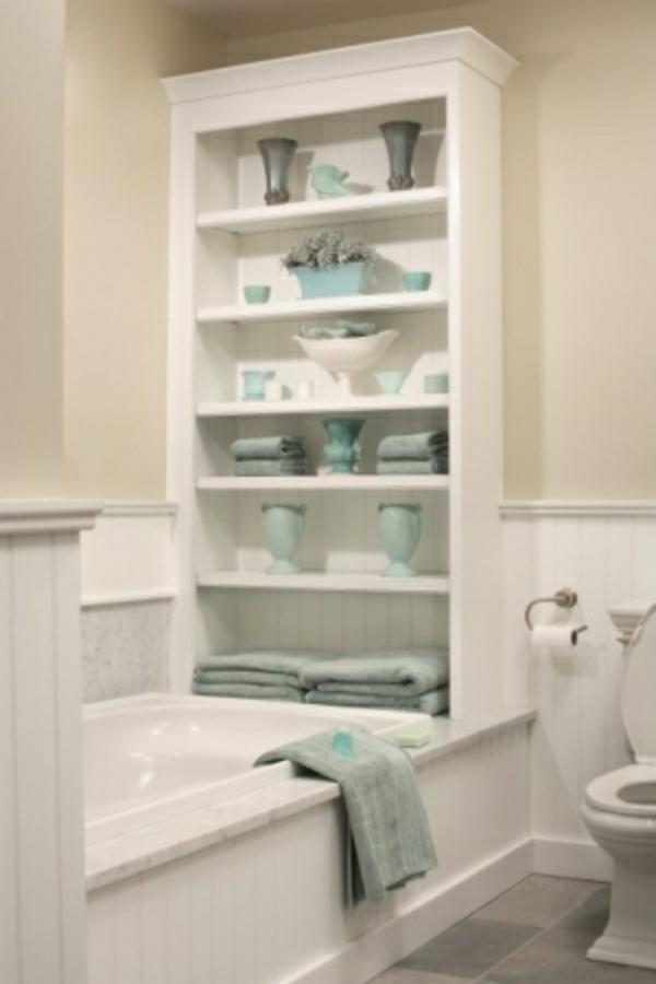 Badezimmer-Organisation-Deko-weiss-blau