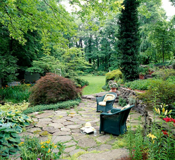 Terrasse Materialien und Design trockene Bodefliesen