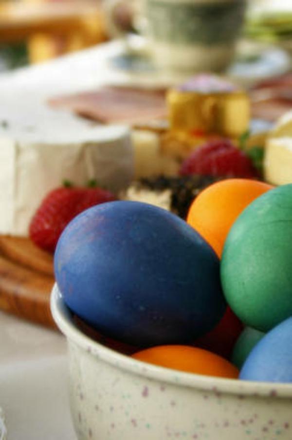 originelle dekoration vorschläge  für ostern bunte vorschläge