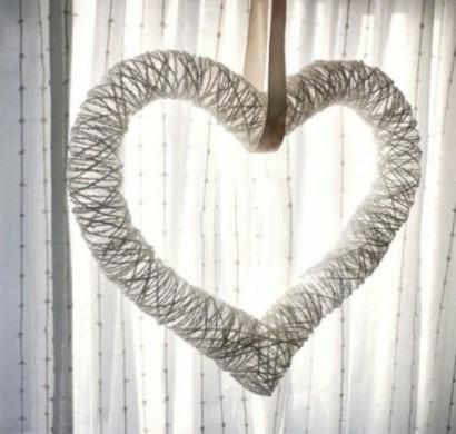 Valentinstag idee stilvoller kranz in einer herzform - Romantisch idee ...