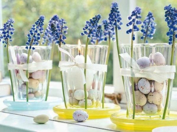 Tischdeko frühlingsblumen im glas  Beeindruckende Deko Ideen für Ostern - 48 wunderschöne Tische