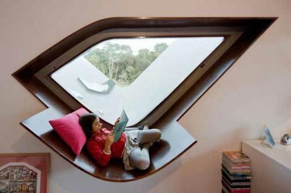 erkerfenster gemütliche fenstersitze angenehm buch lesen ideen