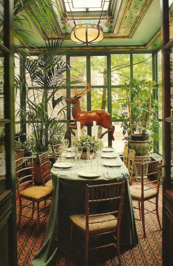 essbereich wintergarten luxus extravagant eleganz idee holz hirsch