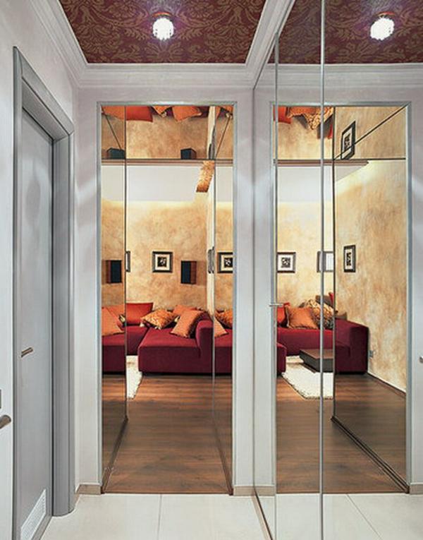 extravagant-spiegel-idee-installation-hausflur-gang-modern-elegant-aesthetisch