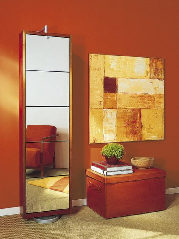 extravagant spiegel idee installation hausflur gang orange wand schrank