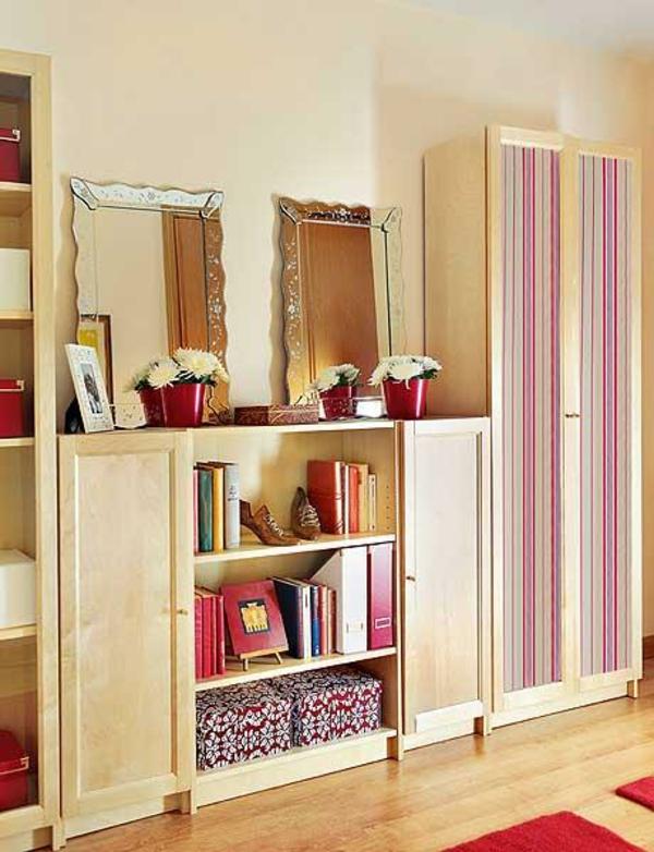 extravagant spiegel idee installation hausflur gang streifen