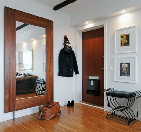extravagant spiegel idee installation hausflur tasche damen schuhe gross