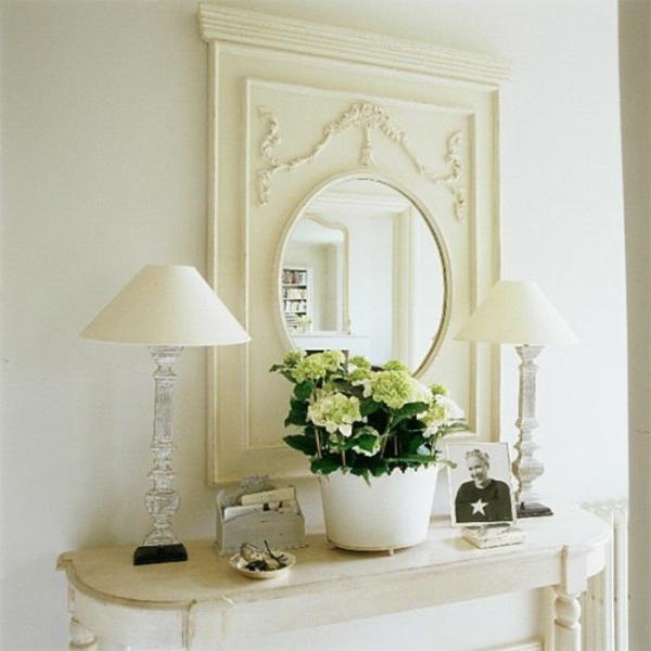 extravagant spiegel idee installation hausflur tasche lampe weiss farbe
