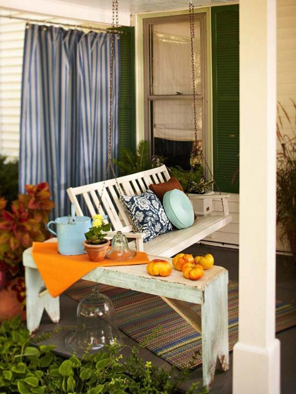 gardinen streifen schaukel holz kissen outdoor ideen