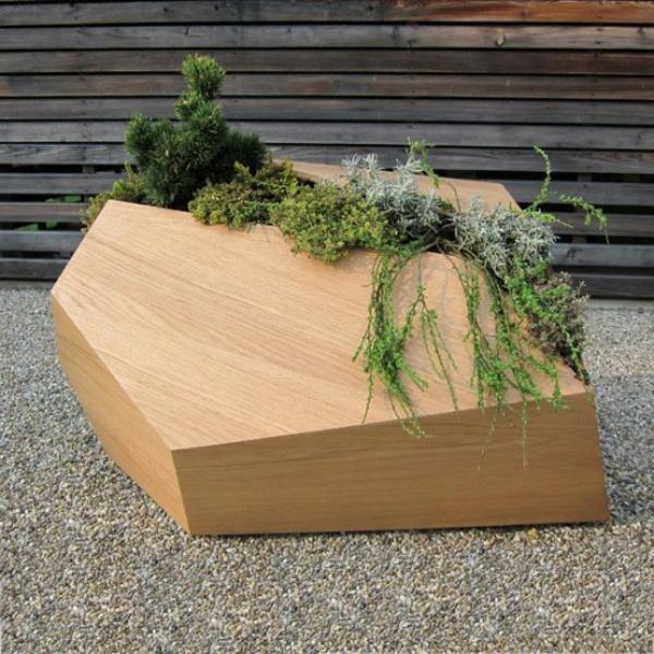 holz blumenkübel ideen pflanzen wachsen nadelpflanzen
