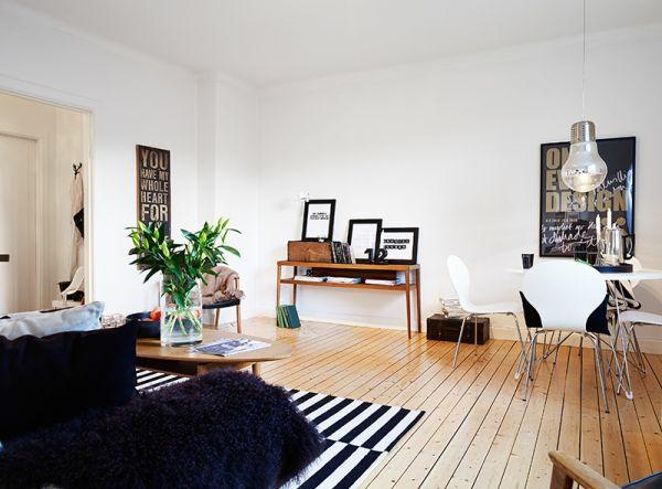schwarze und wei e elemente stilvolles klassisches interieur. Black Bedroom Furniture Sets. Home Design Ideas
