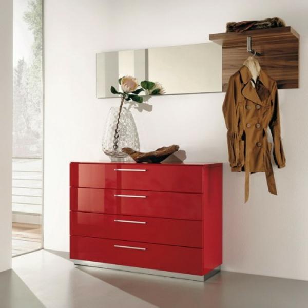 installation-von-spiegeln-idee-design-rote-motive