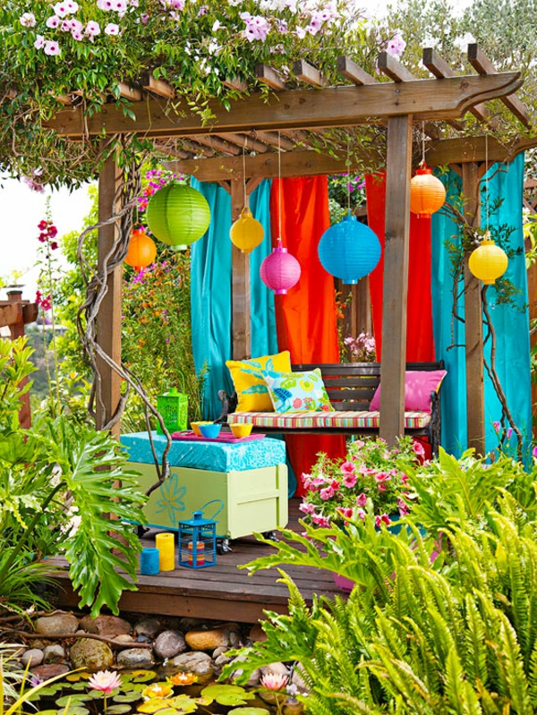outdoor deko ideen 23 farbenfrohe originelle vorschl ge. Black Bedroom Furniture Sets. Home Design Ideas