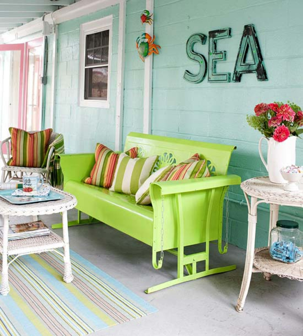 arrangieren outdoor ideen möbel lime grün kissen streifen