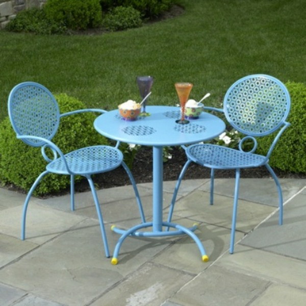 metallisch stuhl klein outdoor idee patio hinterhof garten grass