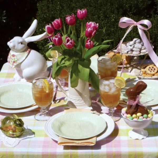 ostern tischdeko familie fest feier tulpen blumen outdoor osterhase