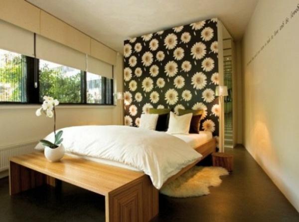 Der Platz hinter dem Bett im Schlafzimmer - Stilvolles Design