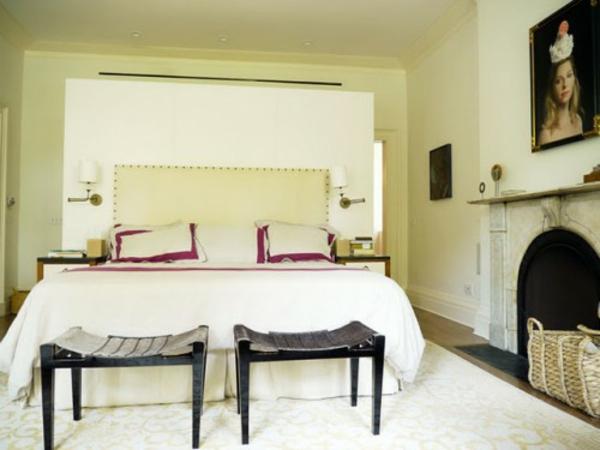 Vorschläge für den Platz hinter dem Bett gemütlich