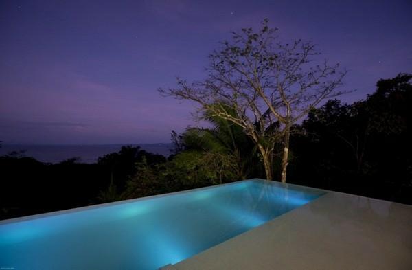 spektakulärsten gegenwärtigen pools frisch outside outdoor nacht abend