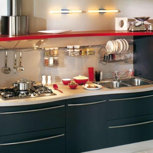 praktische küchenschienen ideen teller gläser