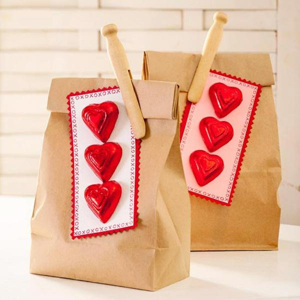valentinstag papiertüte geschenk