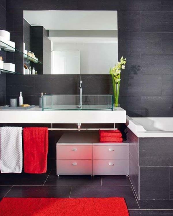 schwarze innenwände rote tücher badezimmer idee design