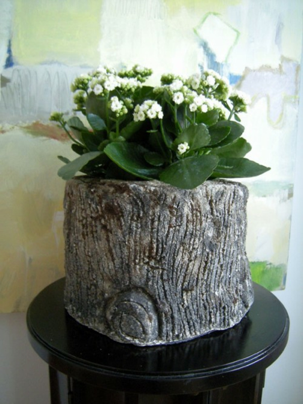 stilvoll deko idee baumstumpf vase selber basteln dekoration