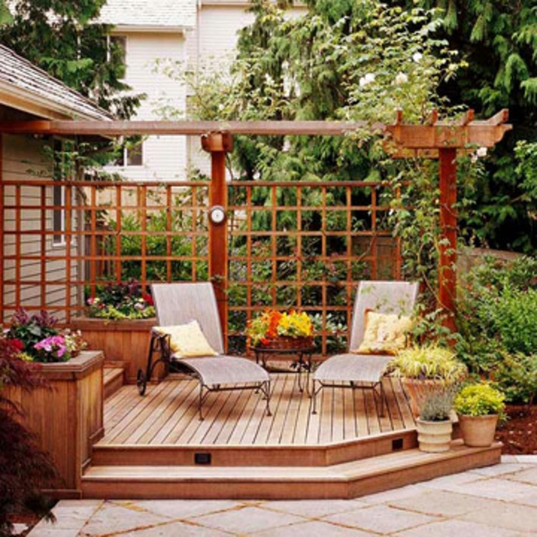 Hier sind ein paar coole terrasse gem tlichkeit ideen for Townhouse deck privacy ideas