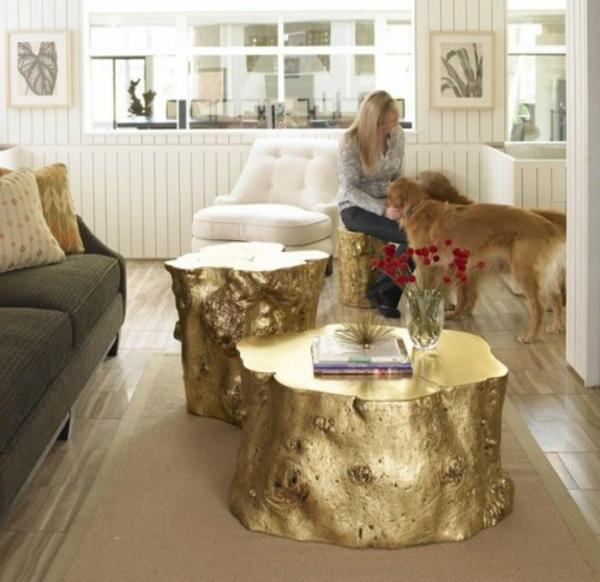 tische stuehle goldene lackiert deko idee baumstumpf