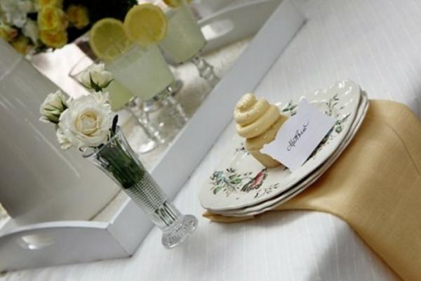 tischdeko ostern idee kuchen plätzchen tisch