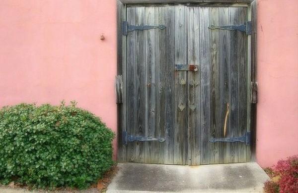 Haustür aus massivem Echtholz - rustikal