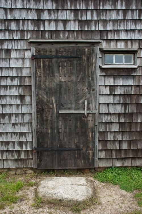 Bauerliche Hausturen grauem Holz rustikal Design
