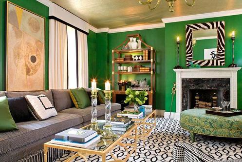 Golden fantastische Decke graue Sofa grüne Wände