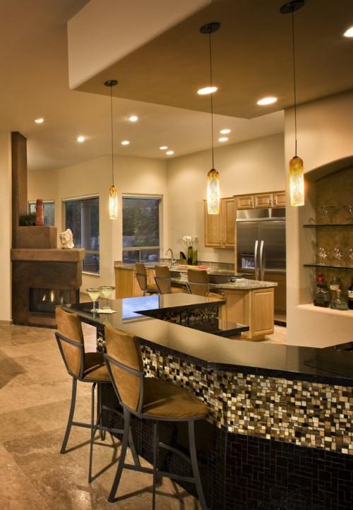 Große Hausbar Barhocker Küche schwarze Arbeitsplatte