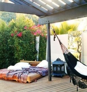 elegante Hängematte Veranda Terrasse elegantes doppelbett Design