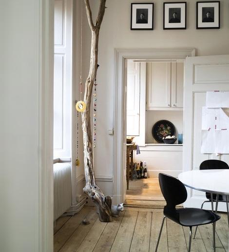Innendekoration mit Zweigen skandinavisches Design Esszimmer  Küche
