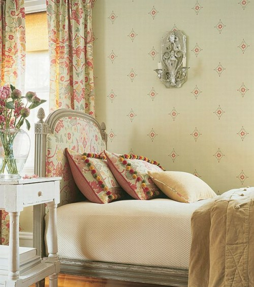 altmodisch einzelbett idee schlafzimmer weiß hölzern beisteltisch regal bücher blumenvase