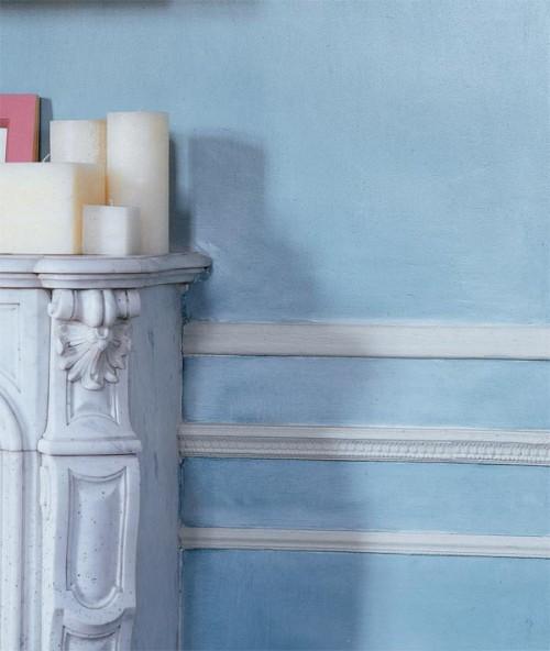 altmodisch look blau wand zierleisten idee ornamente deko