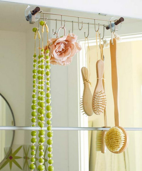 aufbewahrung und ordnung im badezimmer aufhänger