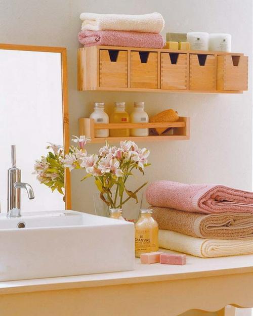 aufbewahrung und ordnung im badezimmer wand schubfächer regale