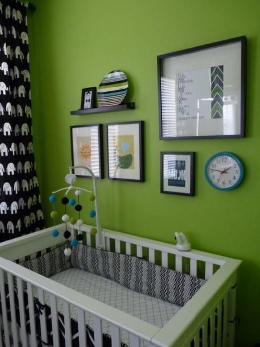 babybett grün wand idee weiß kombination
