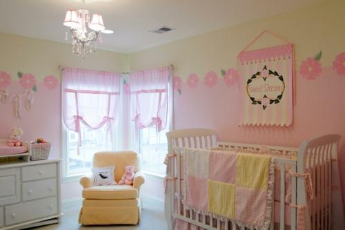 gelbe und rosa interieur elemente im babyzimmer inspirierende idee. Black Bedroom Furniture Sets. Home Design Ideas