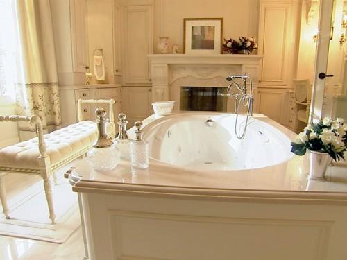 25 badezimmer designs mit einbaukaminen - romantische atmosphäre, Badezimmer
