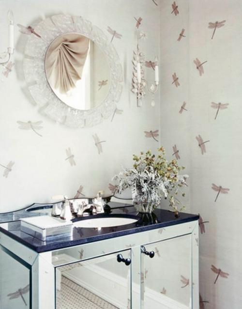 Badezimmer Interieurs klassisch waschbecken insekten