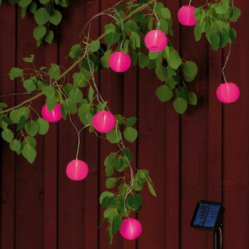 beleuchtung lampen dekoration garten hinterhof rosa bälle