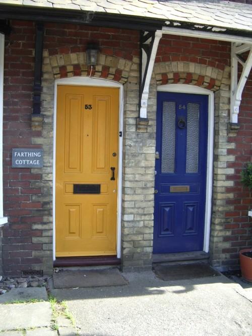 Haustür landhaus blau  12 coole Design Ideen für attraktive Haustüren
