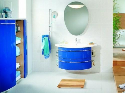 blau spülbecken schrank badezimmer design bunt