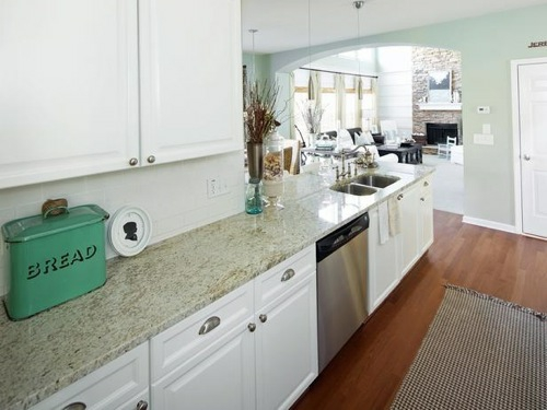 brot metall blau grün idee weiße ausstattung küchenmöbel idee