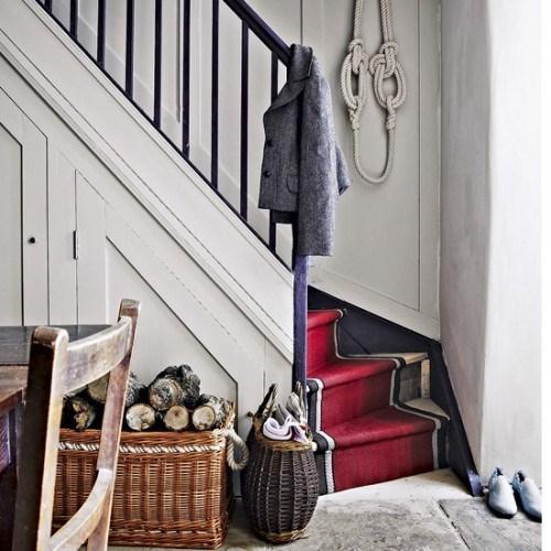 coole Treppen Vorleger rot Farbe Flur