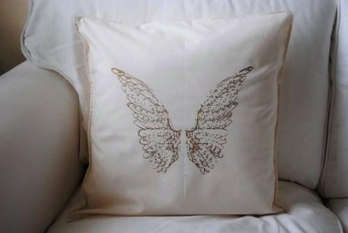 dekoideen mit engelsflügeln kissen textil druck
